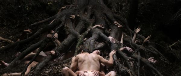 Charlotte Gainsbourg et Willem Dafoe dans Antichrist