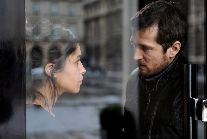 Leïla Bekhti et Guillaume Canet dans « Une vie meilleure »