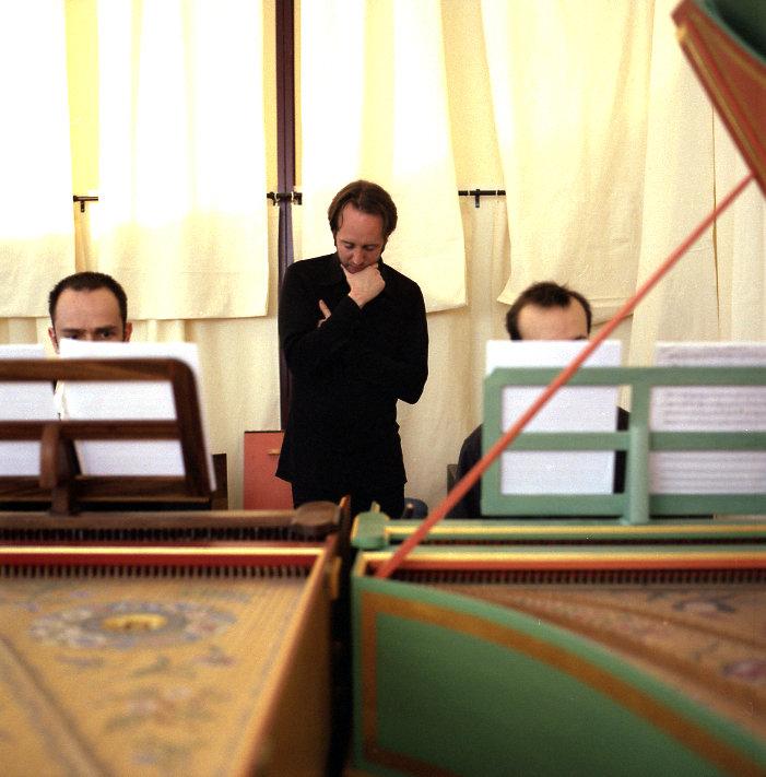 « La Chair des anges », d'Olivier Mellano, a été créée sur scène lors des Trans Musicales 2006, à l'occasion desquelles cet article avait initialement paru