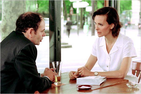 Jean-Pierre Darroussin et Carole Bouquet dans « Feux rouges »